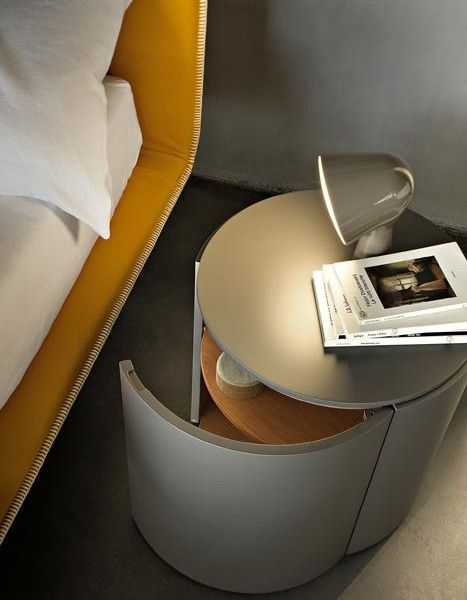 #Top is a Bedside table with door, made of matt lacquered wood with top in wood or marble.