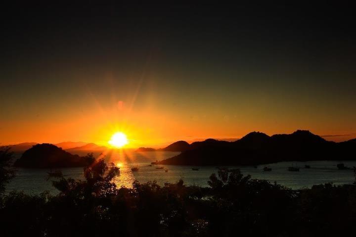 Sunrise Labuan Bajo