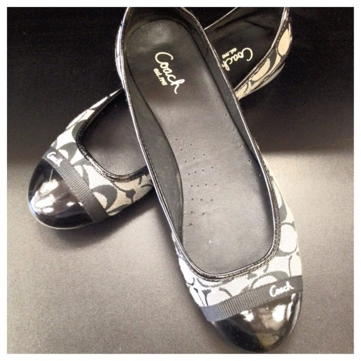 Coach flats size 9! $24 Facebook.com/clothesmentorfortworth 817-731-3443