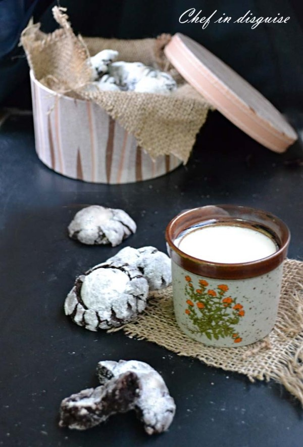 Gooey Chocolate Crinkle Cookies Recipe — Dishmaps