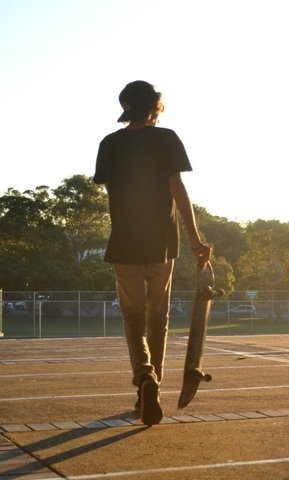 reminds me of all the skater boys I was in love with when I was younger..... :)