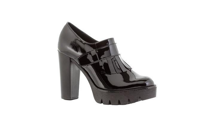 Glamazons Μποτάκια σε χρώμα Μαύρο για να εντυπωσιάσετε σε κάθε σας εμφάνιση!