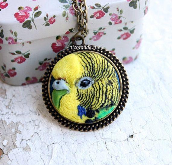 Custom bird portrait parrot necklace polymer clay by NicomadeMe