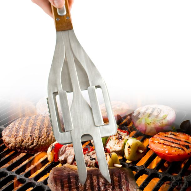 The Stake 3-in-1 BBQ Tool combines three popular grilling utensils into one design. In addition to tongs and a spatula, the device hides a retractable fork.