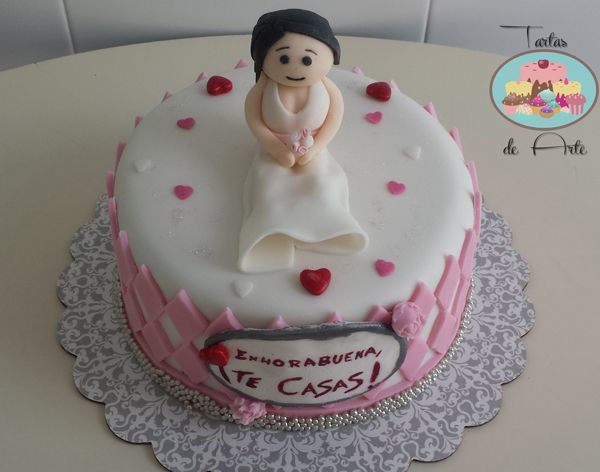 Hen party cake / Tarta de despedida de soltera #henpartycake #fondantcake #fondant #hen #cake #tartasdearte #despedidasoltera #tarta                                                                                                                                                     Más