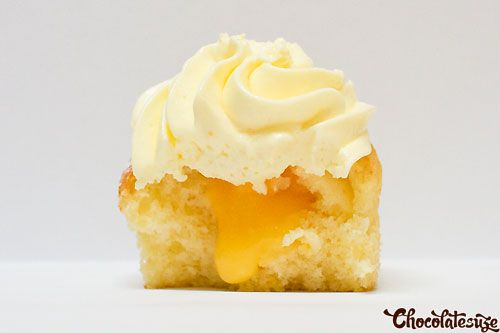 lemon cupcakes with lemon curd filling and lemon cream cheese frosting ...