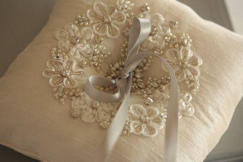 Bridal ring pillow