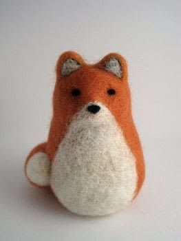 Adorable felted fox for beginners. . Free tutorial with pictures on how to mak…