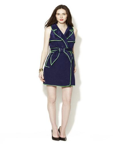 Thread Social Sleeveless Wrap Shirtdress Size 10 for $199.99. Thread Social Wrap Classic Shirtdress is absolutely gorgeous.  Beautiful Navy Cotton blend woven dress. Ribbed throughout, with gorgeous Kelly Green contrast piping. Dressy enough for cocktail party or wedding. This stunning dress is sure to become a favorite.