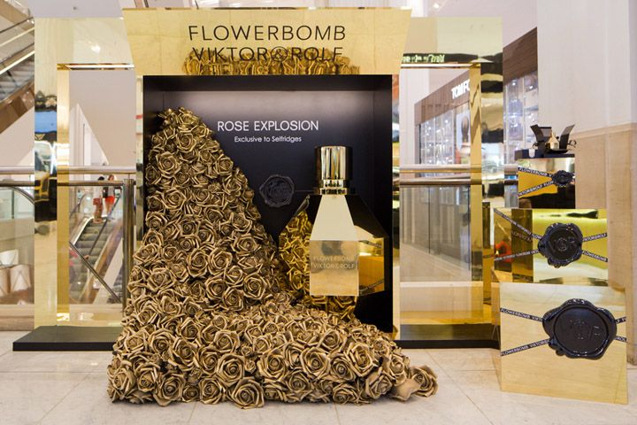 Flowerbomb Rose Explosion Point of Sale campaign by Tommaso Nicolao, London