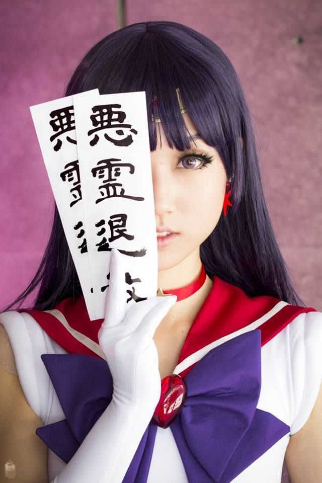 Perfect Sailor Mars Cosplay!                                                                                                                                                      Más