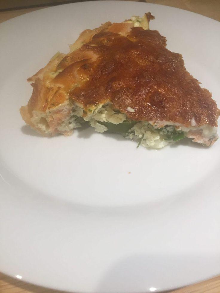 Lakse tærte med porre - 416 kcal
