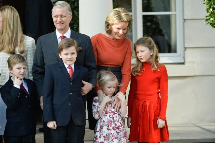 royalwatcher:  Official Engagement of Prince Amedeo and his fiance, Elisabetta Maria Rosboch von Wolkenstein, February 16, 2014:  also at the engagement Amedeo's uncle, aunt and cousins, King Philippe and Queen Mathilde with Emmanuel, Gabriel, Eléonore, and Elisabeth