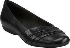 Clarks Chateau State II (Women's): Clarks Artisan updates a popular style for the new season. This women's ballet flat has a squared toe and it features a foam cushioned footbed with Active Air comfort technology. This women's shoe can go to the office or out to dinner in comfort. Tags: women, clarks, shoes, comfort, state, chateau