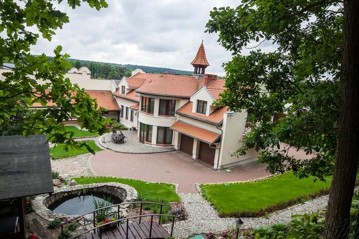 Kościół oraz Dom Parafialny w Opławcu (dzielnica Bydgoszczy). Pełna galeria zdjęć tutaj: http://www.snaphub.pl/galerie/kosciol-p-w-przemienienia-panskiego-w-oplawcu