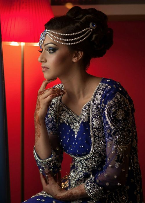 photo-by-shahed-hussain. Blue bridal Lehenga.  Hair accessories for wedding. Tikka