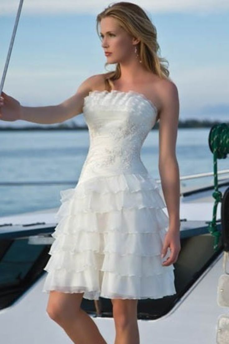 735 best Wedding dresses images on Pinterest | Wedding frocks ...