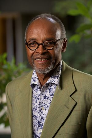 The first person to receive the Psychology Department of Rhodes University's award to honour prominent members of the psychology community in South Africa for their contribution to social change in various fields of practice was the inimitable Professor Noel Chabani Manganyi in 2008.
