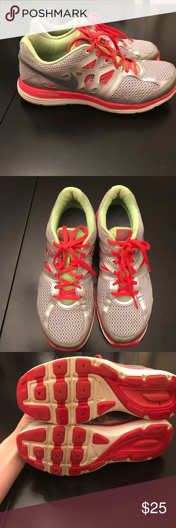 Nike Dual Fusion women's sneakers Gently used Nike Shoes Athletic Shoes