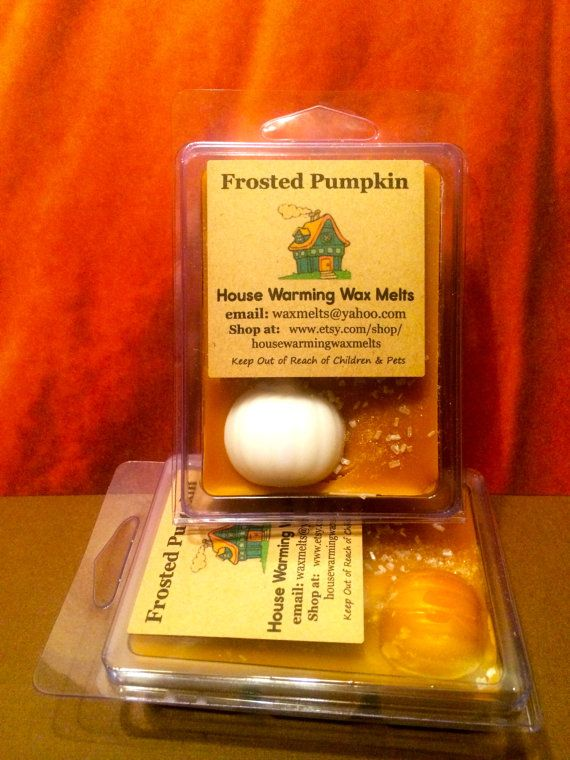 Frosted Pumpkin - Breakaway Candle Wax Tart Melt - 3.5 oz. clamshell packaging ~ Pumpkin spices topped with vanilla frosting. Yum).