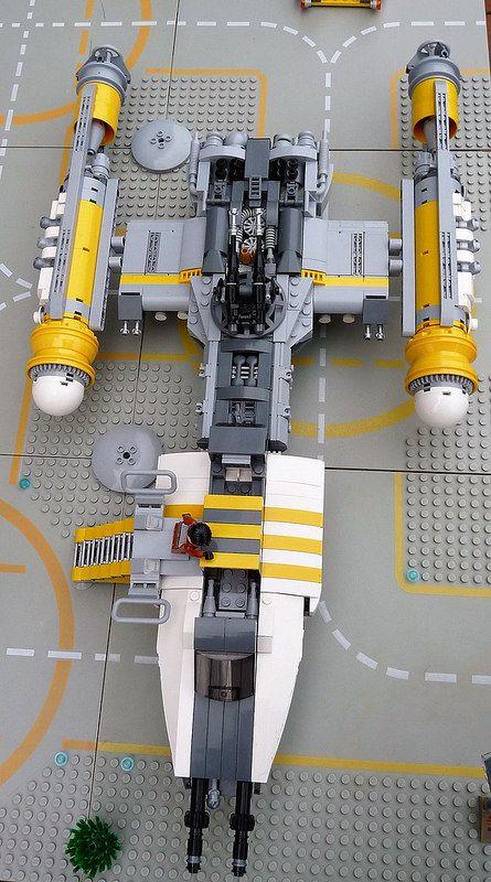 Image #spaceship – https://www.pinterest.com/pin/340514421811234500/