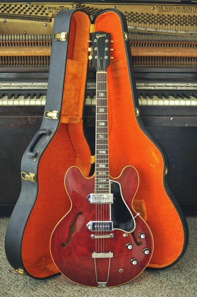 1966 Gibson ES-330 Guitar