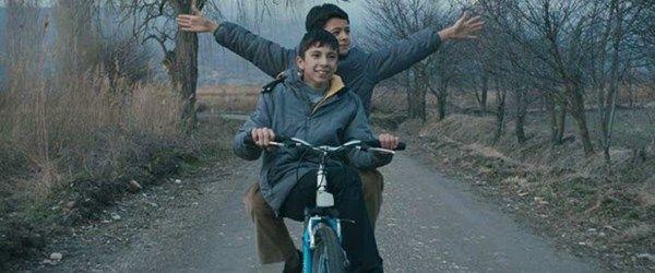 Mavi Bisiklete İrandan ödül