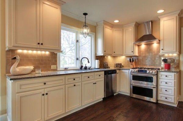 17 Best Ideas About Caledonia Granite On Pinterest Small Kitchen Backsplash