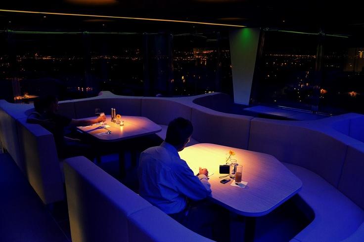 Restaurant in the night_dsc_0189