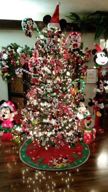 557 best images about mickey minnie on pinterest for Decoration noel mickey