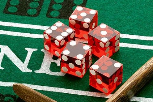 Speel #onlinecraps en lees Nuttig Online Craps Strategieën in het kort:   http://www.casinoonline.co.nl/bruikbare-online-craps-strategieen-in-het-kort/