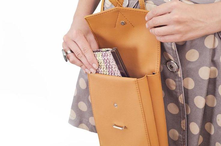 """Купить Оранжевая сумочка через плечо """"Floria"""" производства мастера GoodMoodMoon на платформе Crafta. Заказать хенд мейд Оранжевая сумочка через плечо """"Floria"""" в Украине из первых рук."""