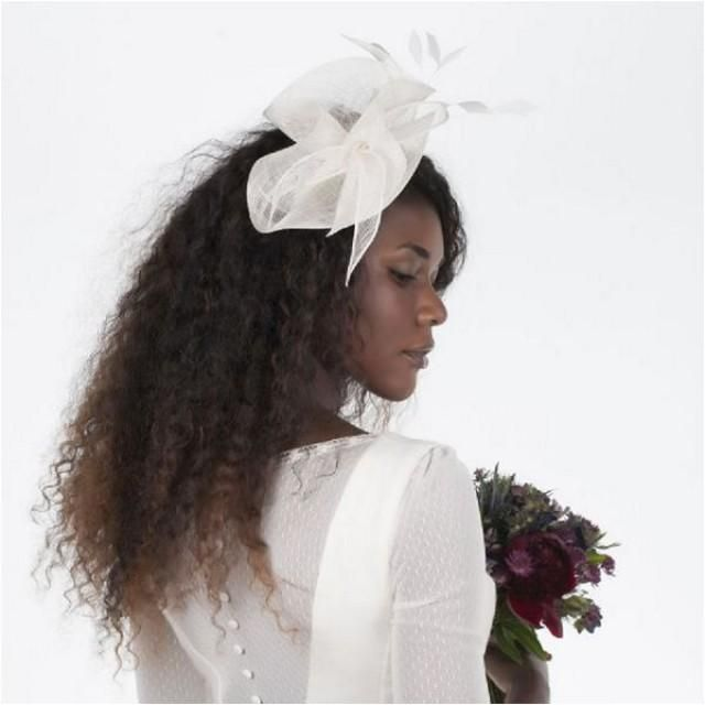 Happy hum day, but don't fear as we are delighted today to introduce you to a range of French bridal accessories, designed and created in the South of France by So Elegant by Nina. No matter what bridal hair style you are aiming to create, bridal hair accessories can really bring the finishing touch to any ensemble. More on https://www.etsy.com/your/shops/SoElegantByNINAshop