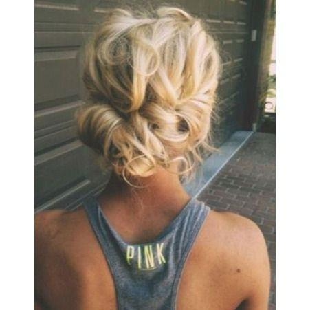 Coiffure facile pour cheveux longs