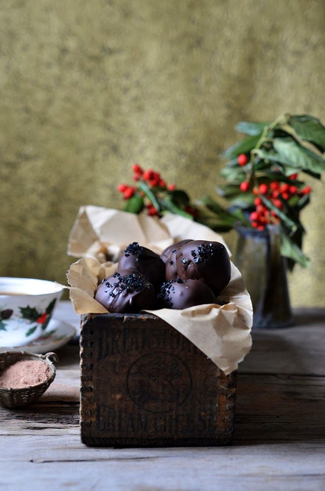 Heart of Gold: Holiday Baking:: Chocolate Caramel Truffles with Black Sea Salt