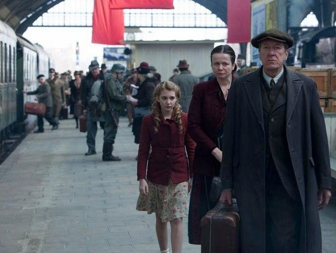 'The Book Thief' a well-acted but ill-intentioned WWII drama