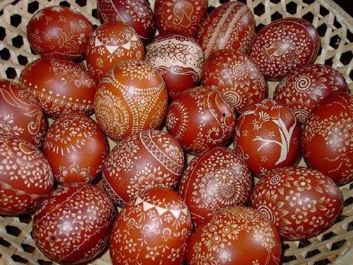 kraszanki - onion peels/scratched