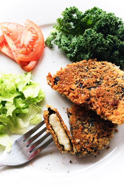 Smażony filet zselera wpanierce zalgami nori toświetny patent nabezrybne smaki wkuchni roślinnej. Bardzo prosty przepis, aświetny efekt murowany! Ten przepis dedykowany jest dla wszystkich byłych wielbicieli ryb, aleteż tych obecnych, którzychcieliby posmakować wegańskiej wersji rybnej… Read More
