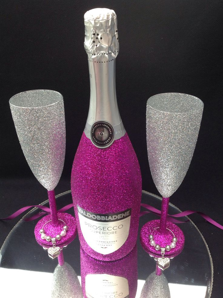 Bottle of prosecco and 2 glasses £24.99 add a charm £2 each