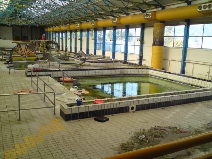 1004 best images about butlins on pinterest lakes chalets and bar for Bognor regis butlins swimming pool