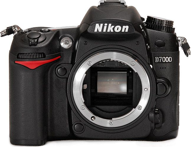 Read our in-depth Nikon D7000 review to see why Nikon's top enthusiast DSLR is so easy to recommend