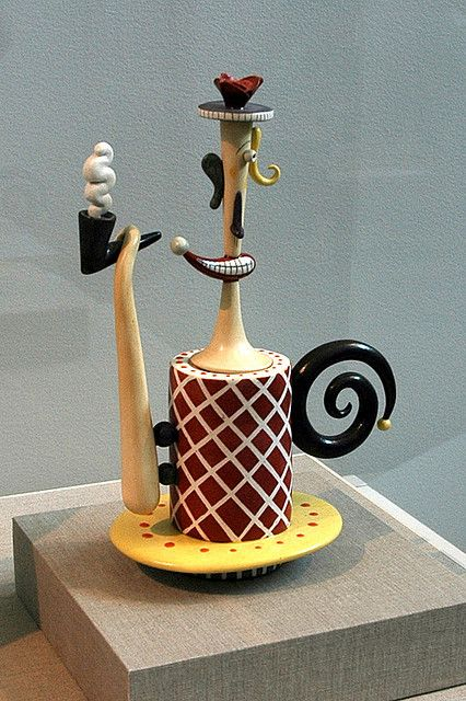contemporary teapot by Tom Rippon, glazed porcelain | Flickr - Photo Sharing!
