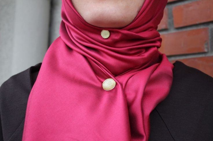 Hijabmagnet pin from www.hijabnow.com
