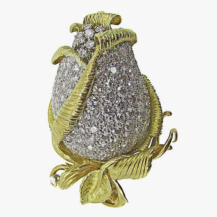Бриллиантовая брошь в виде бутона розы, 1960-е