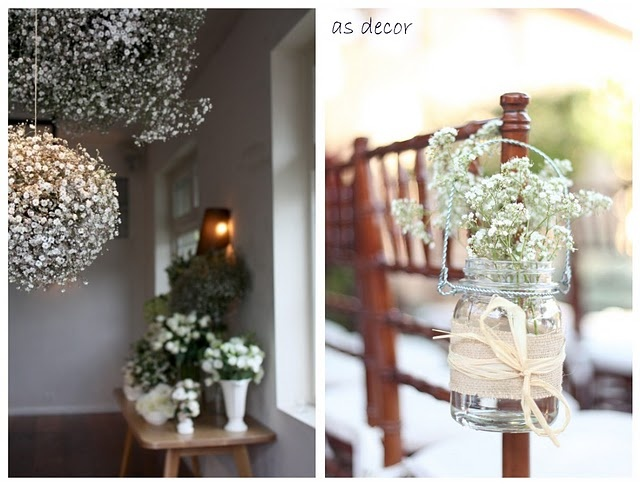 Inspiration from my bff's blog. I love baby's breath too :) Actually, I love all white flowers.