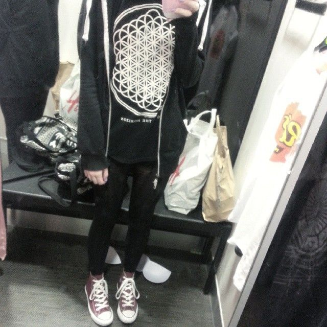 so completely tired right now, been out all day #me #mirrorpic #bmth #sempiternal #outfitoftheday #ootd #lookoftheday #converse #insta #instafashion #alternative #likes #follow