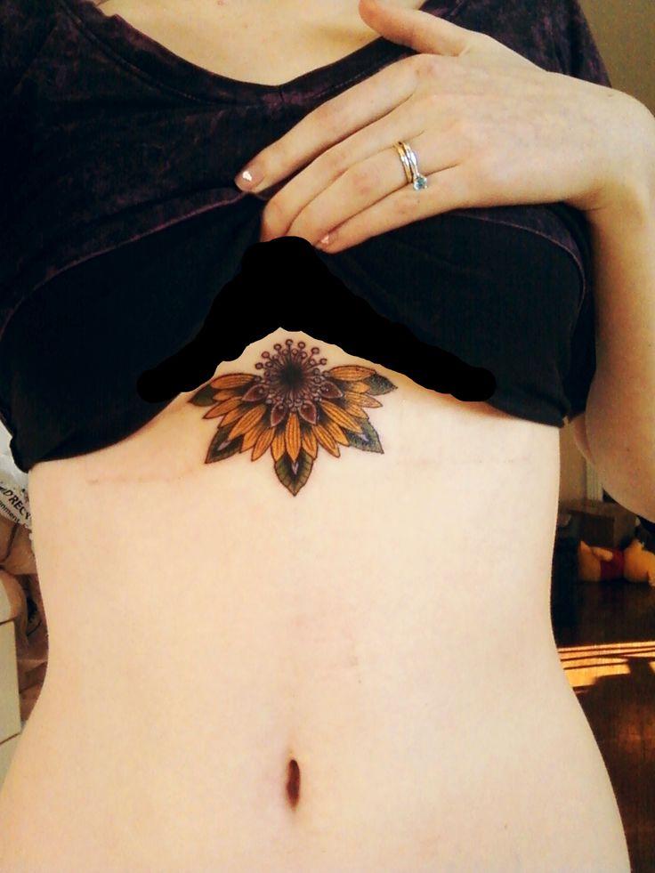 manipura-asana:  Tattoo! Sunflower mandala over my 3rd chakra. Love love love how it turned out!