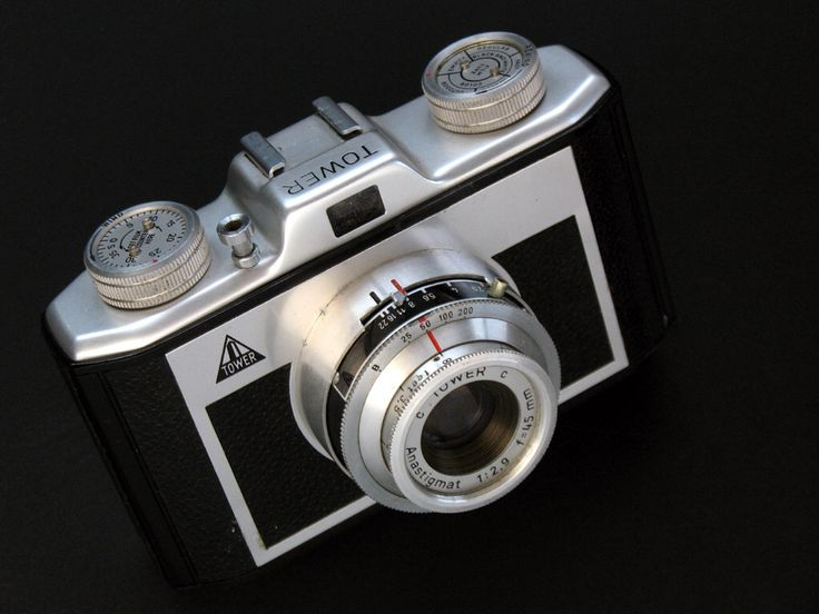 631 best old cameras images on pinterest vintage cameras antique cameras and camera photography. Black Bedroom Furniture Sets. Home Design Ideas