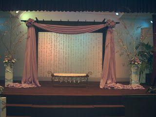 Stage Set Up Like This One Looks Simple Yet Elegant