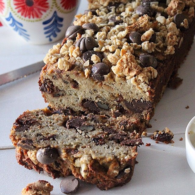 Seeded Chocolate Chip Banana Bread With Goji Berries  via @feedfeed on https://thefeedfeed.com/quick-breads/thejamlab/seeded-chocolate-chip-banana-bread-with-goji-berries